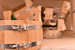 容量,水低谷由木头制成 图库摄影