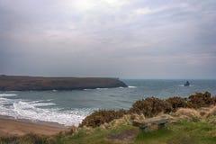宽广的避风港南海滩Pembrokeshire威尔士英国 免版税图库摄影