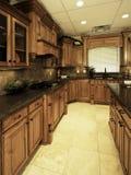 宽敞厨房的豪华 库存图片