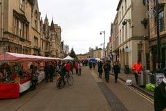 宽敞的大街,牛津,英国, 2016年11月27日:牛津` s圣诞节 免版税库存图片