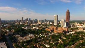 宽空中亚特兰大乔治亚高峰时间交通街市城市地平线 影视素材