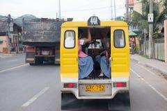 宿务-菲律宾- 2013年1月, 7 -镇街道被充塞的交通 免版税图库摄影