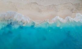 寄生虫全景雍容海湾、Providenciales,土耳其人和凯科斯 免版税库存照片