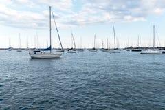 密歇根湖的,芝加哥,伊利诺伊港口 免版税图库摄影