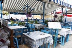密熊属的希腊餐馆Akrogiali 图库摄影