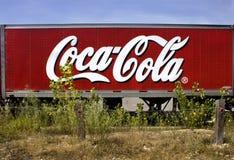 密苏里,美国,大约2016年-半可口可乐交付在路线66美国的拖车 图库摄影