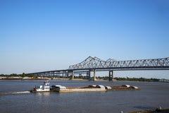 密西西比河猛拉小船 免版税库存图片