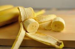 紧密cliced香蕉 免版税库存照片