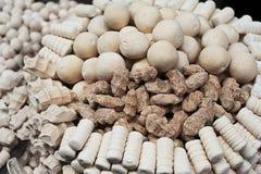 寇特-从牛奶和香料的传统乌兹别克人食物 免版税库存照片