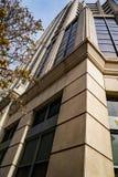 富国银行塔大厦的抽象看法,罗阿诺克,弗吉尼亚,美国- 2 免版税图库摄影