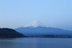 富士山,从湖Kawaguchiko的看法 免版税库存图片