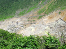 富士箱根开采公园含硫谷 库存图片