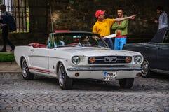 富尔达,德国- MAI 2013年:1965年Ford Mustang敞篷车cabrio 图库摄影