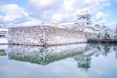 富山城堡风景在冬天 免版税库存图片