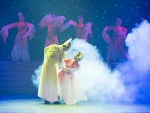 富感情的眼睛特性和歌曲押韵中国民间舞 免版税库存图片