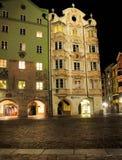 富有地装饰的之家在因斯布鲁克,奥地利 库存照片