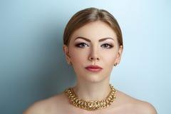富有的妇女面孔 免版税库存图片