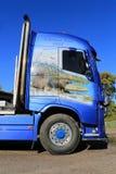 富豪集团FH16 750 M Sjolund Trans,细节木材卡车  免版税库存照片