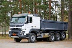 富豪集团FMX X赞成540建筑卡车 免版税库存图片