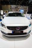 富豪集团V60插入式杂种,汽车展示会日内瓦2015年 库存照片