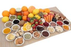 寒冷和流感补救的食物 免版税库存照片