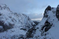 寒冷和静止高在Tatra山 免版税库存照片