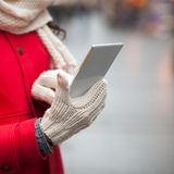 寒冷临时雇员也许导致手机的短期电池寿命 库存图片