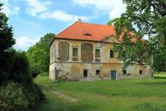 寡妇房子在Horsovsky Tyn 库存图片