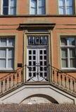 对一个历史的房子的入口在瓦伦多尔夫 库存照片