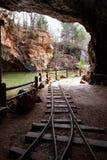 对一个被放弃的矿的词条 免版税库存照片
