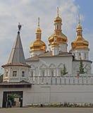 对三位一体troyeshchina的结构大教堂神圣洁基辅安排服务 免版税库存照片