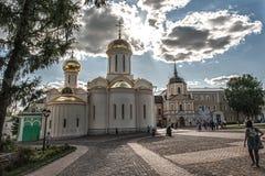 对三位一体troyeshchina的结构大教堂神圣洁基辅安排服务 库存图片