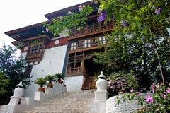 对不丹城堡的入口 免版税库存图片