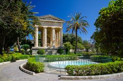 对亚历山大球在更低的Barrakka庭院里,瓦莱塔的纪念碑, 库存照片