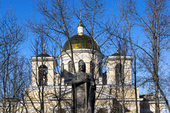 对亚历山大・涅夫斯基王子的纪念碑 库存照片