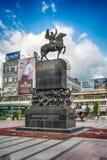 对亚历山大Karadjordjevic国王的Nis的纪念碑 免版税库存照片