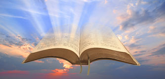 对人类的圣经光 免版税库存图片