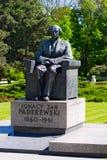 对伊格纳奇・扬・帕德雷夫斯基的纪念碑在华沙的Ujazdà ³ w公园,波兰 免版税库存照片
