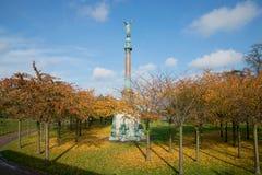 对伊瓦尔Huitfeld海军上将的纪念碑在公园,晴朗的秋天天 哥本哈根丹麦 库存图片
