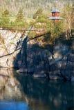对修道院的取决于的桥梁在河的Katun拔摩岛海岛上我 免版税库存照片
