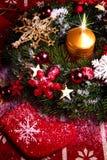 对光检查圣诞节花圈 免版税库存照片