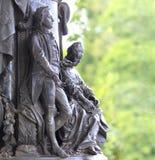 对凯瑟琳伟大2的纪念碑和她的伴侣在凯瑟琳停放,喀麦隆画廊,有被弄脏的绿色背景,普希金,鲁斯 库存图片