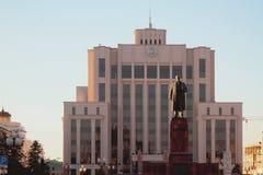 对列宁的纪念碑 喀山俄国 免版税库存图片