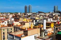 对历史的区的摩天大楼的看法出生 巴塞罗那 免版税库存图片