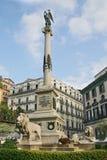 对受难者Neapolitans的纪念碑 免版税库存照片