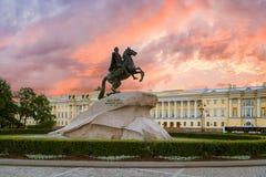 对古铜色御马者的纪念碑在圣彼德堡 免版税图库摄影
