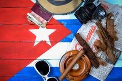对古巴背景的葡萄酒旅行 免版税库存照片