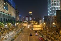 对商业中心的夜视图在上海 库存图片