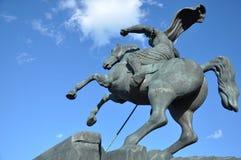 对圣乔治杀害的纪念碑龙 免版税库存图片
