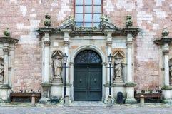 对圣伯多禄churchl的入口,里加,拉脱维亚 库存图片